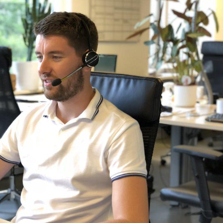 WordPress Support - Onze support medwerker Dave die alle vragen die voor half 5 gesteld zijn oppakt