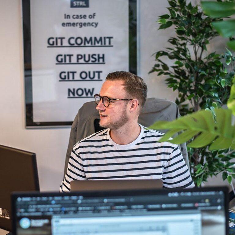 Onze WordPress designers en developers aan het werk